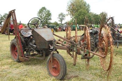 Des tracteurs à la pelle 8d1g8013