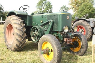 Des tracteurs à la pelle 8d1g8023