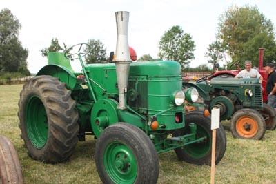 Des tracteurs à la pelle 8d1g8047