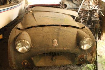 Triumph TR2 de 1954, sortie de grange...  8d1g8759