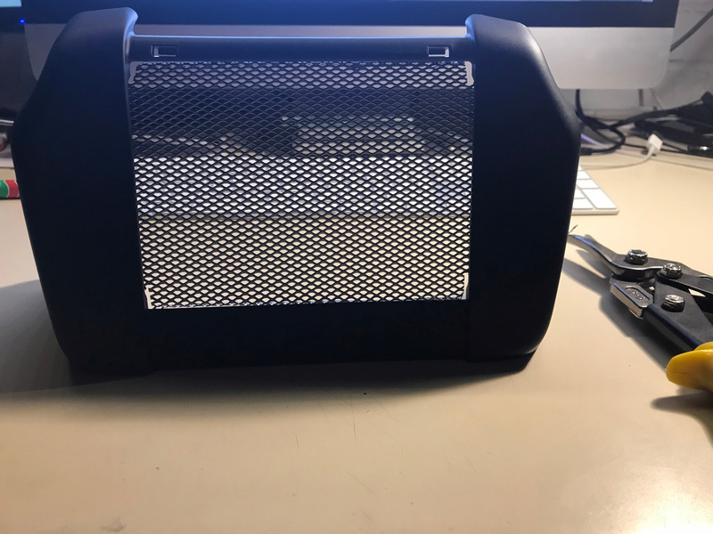 Tuto, grille radiateur d'huile M8 Img_3629