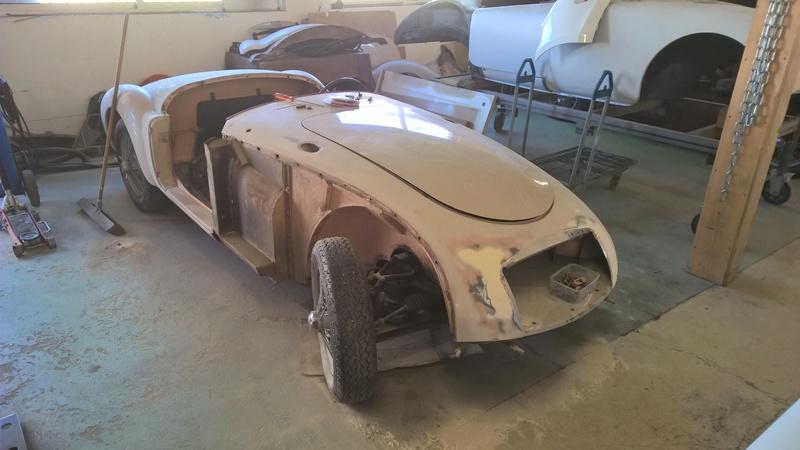 Garage mécanique-carrosserie-peinture pour anciennes Wp_20128