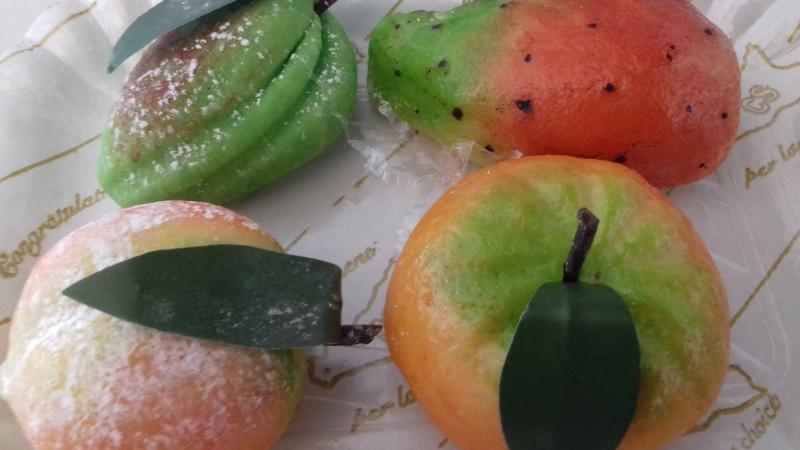 """I pupi di zucchero e la frutta di pasta di mandorle_""""frutta martorana"""" 20171021"""