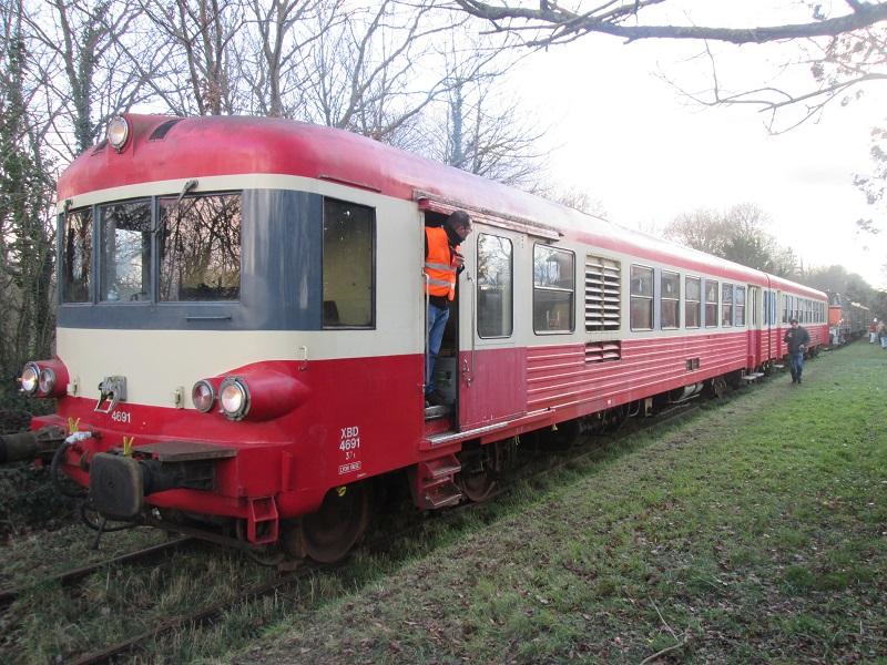 [Miniature train] Réseau HO mais aussi quelques GS  Img_0110