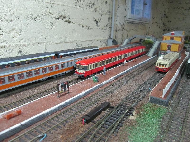 [Miniature train] Réseau HO mais aussi quelques GS  Img_0112