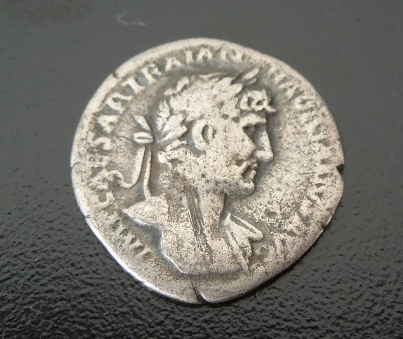 Identification denier Romain #2 A210