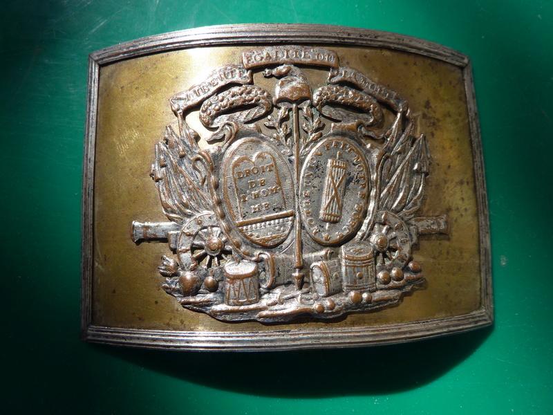 Plaque de plateau de ceinturon 1792 ?... - Page 2 P1020516