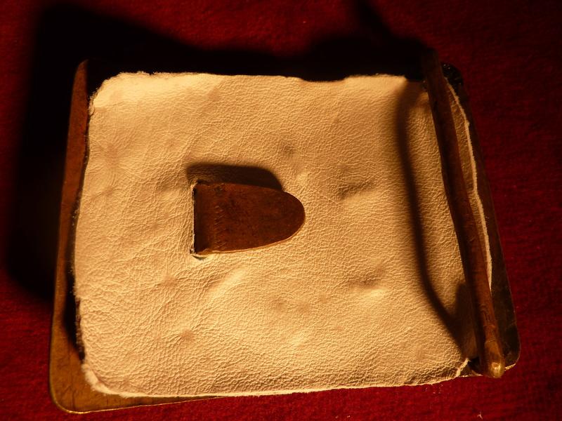 Plaque de plateau de ceinturon 1792 ?... - Page 2 P1030011