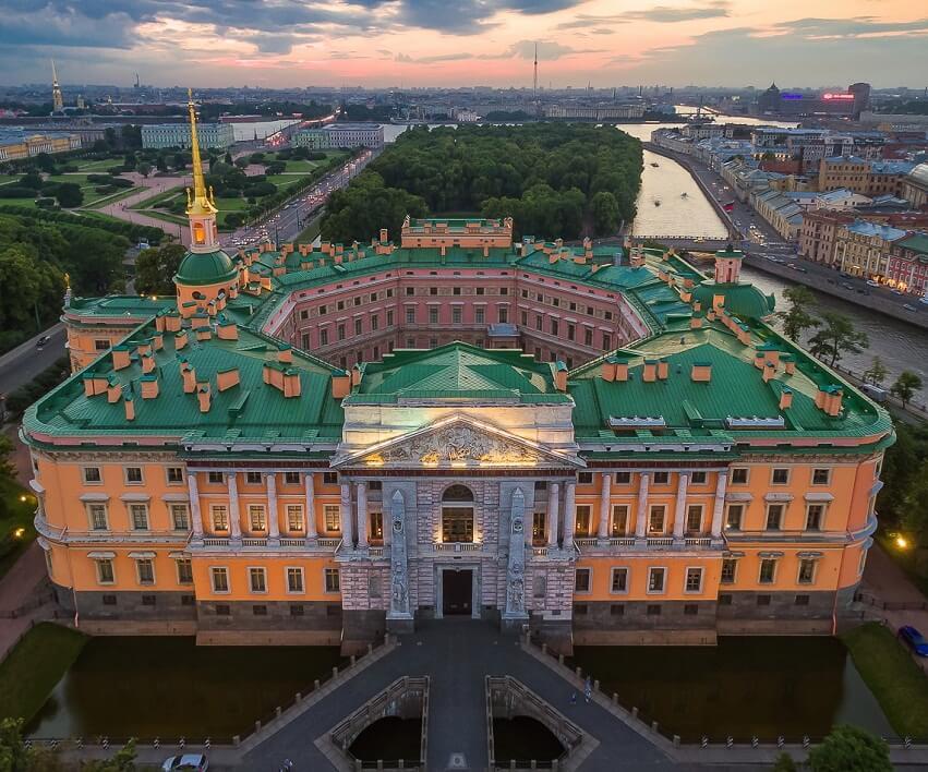 С днем рождения, Петербург! Aiee110
