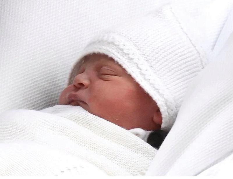 Маленький принц и его родители плюс сестричка - Страница 4 Eazo510