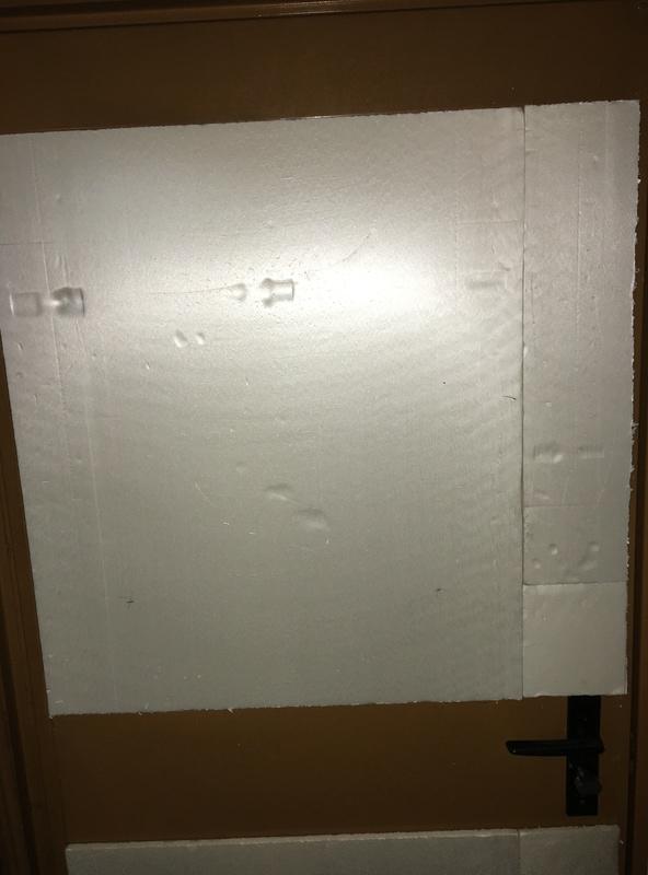isolation porte de garage au sous-sol 477caf10