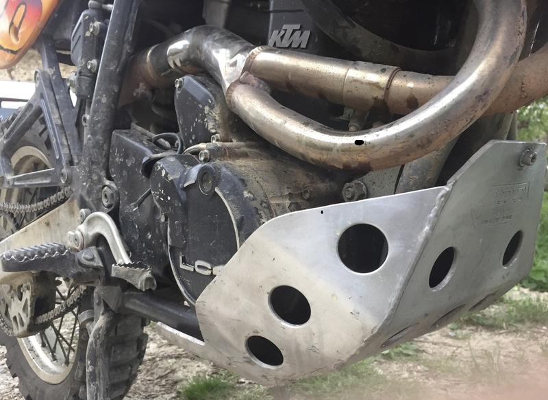 Qu'avez vous fait à votre moto aujourd'hui ? - Page 24 1753a310