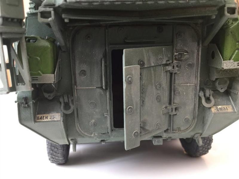 Dio Stryker M1132 Mine roller, M1132 Surface Mine trumpeter et M1126 AFV  1/35 - Page 9 2017-013
