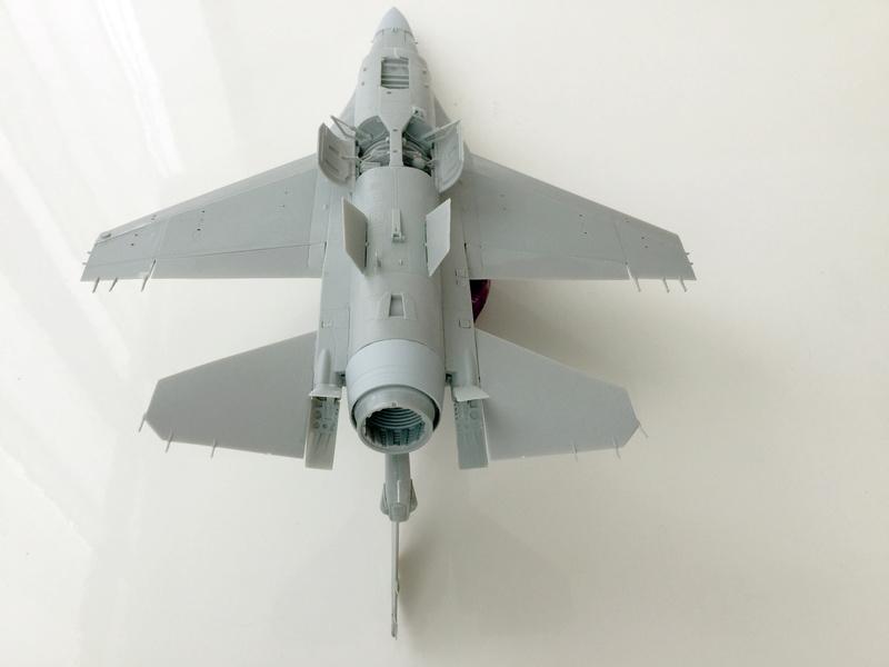 F-16 A 1/48 Kinetic 2017-154