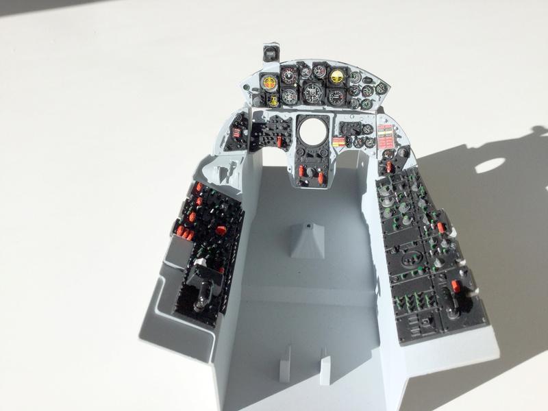 Cockpit F-104 ESCI 1/12 - Page 2 2018-066