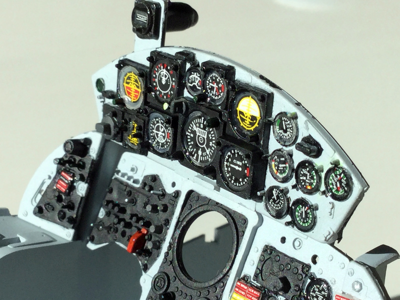 Cockpit F-104 ESCI 1/12 - Page 2 2018-068
