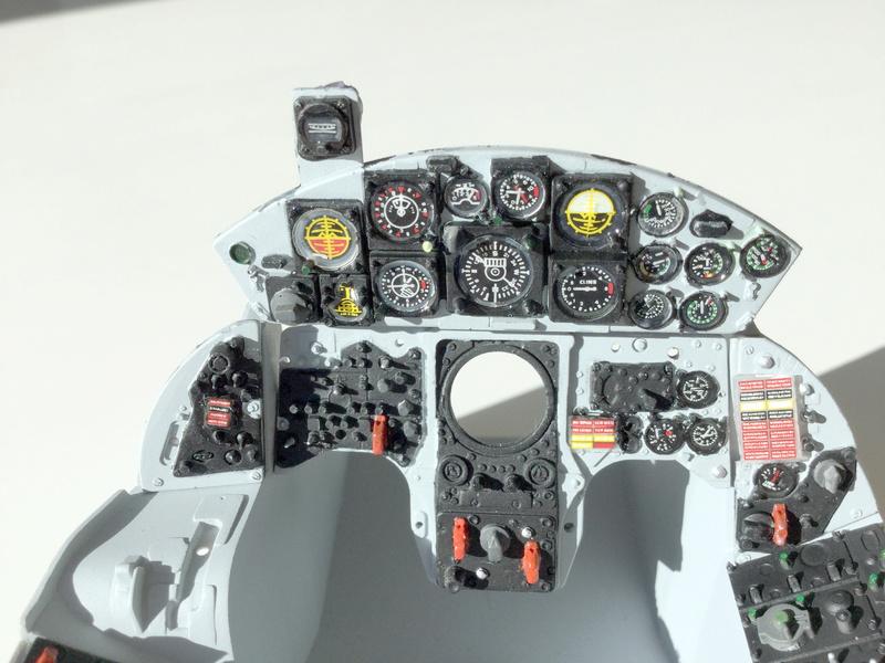 Cockpit F-104 ESCI 1/12 - Page 2 2018-071