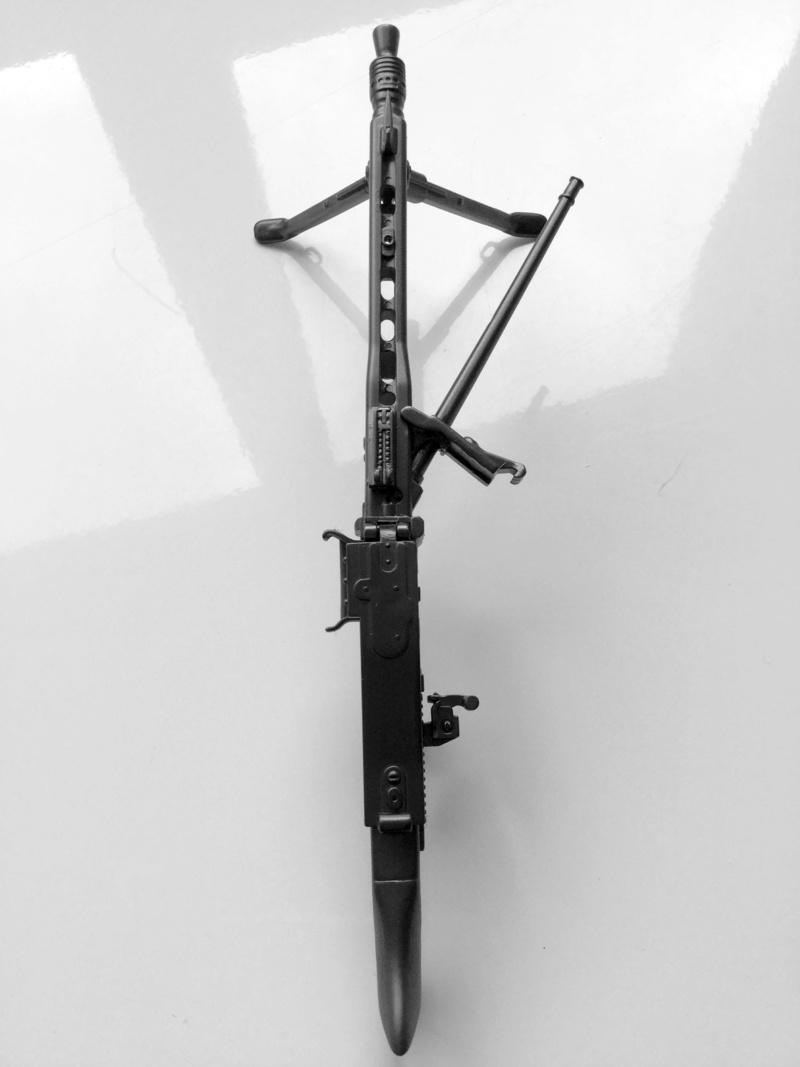 MG 42 1/6 Made in China 2018-132