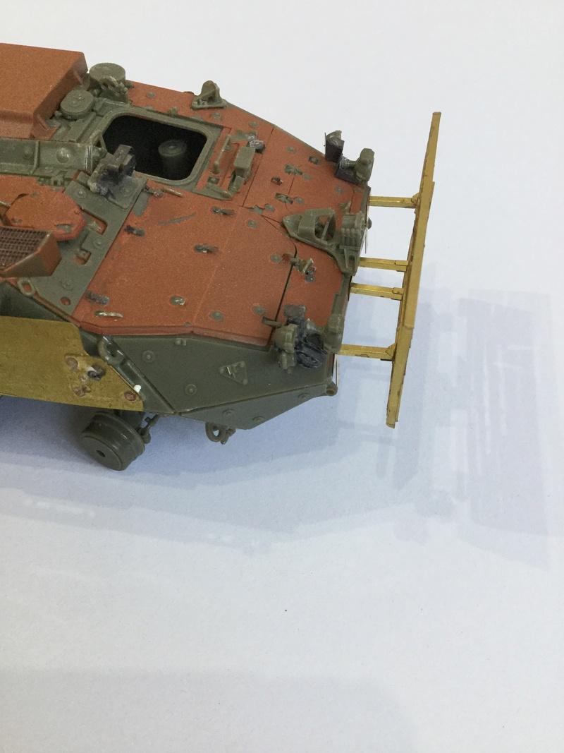 Dio Stryker M1132 Mine roller, M1132 Surface Mine trumpeter et M1126 AFV  1/35 - Page 9 2018-184