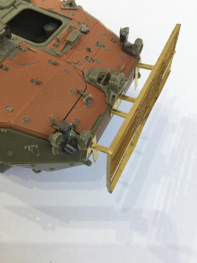Dio Stryker M1132 Mine roller, M1132 Surface Mine trumpeter et M1126 AFV  1/35 - Page 9 2018-186