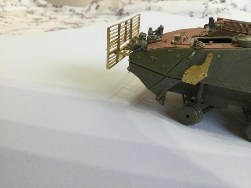 Dio Stryker M1132 Mine roller, M1132 Surface Mine trumpeter et M1126 AFV  1/35 - Page 9 2018-189