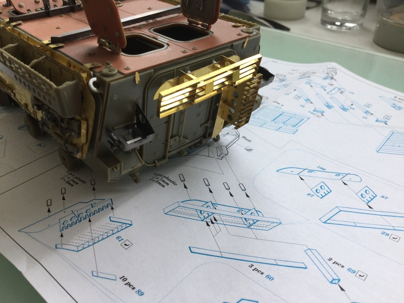 Dio Stryker M1132 Mine roller, M1132 Surface Mine trumpeter et M1126 AFV  1/35 - Page 10 2018-204