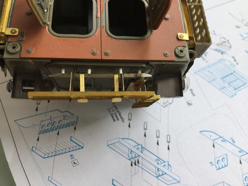 Dio Stryker M1132 Mine roller, M1132 Surface Mine trumpeter et M1126 AFV  1/35 - Page 10 2018-209