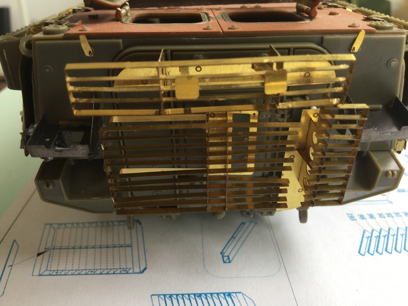 Dio Stryker M1132 Mine roller, M1132 Surface Mine trumpeter et M1126 AFV  1/35 - Page 10 2018-211