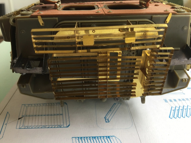 Dio Stryker M1132 Mine roller, M1132 Surface Mine trumpeter et M1126 AFV  1/35 - Page 10 2018-215