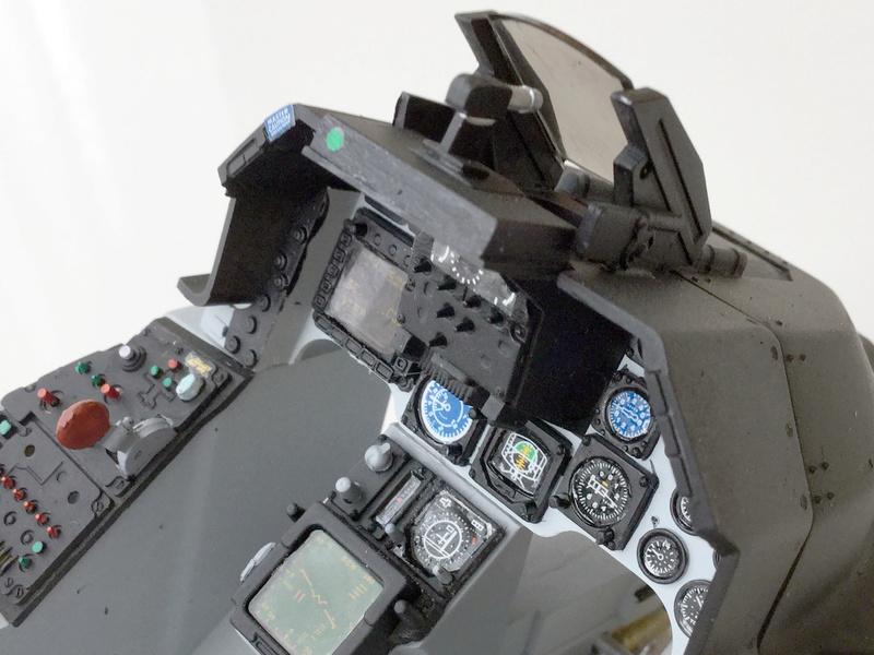 F-16 Cockpit Italeri 1/12 - Page 2 310