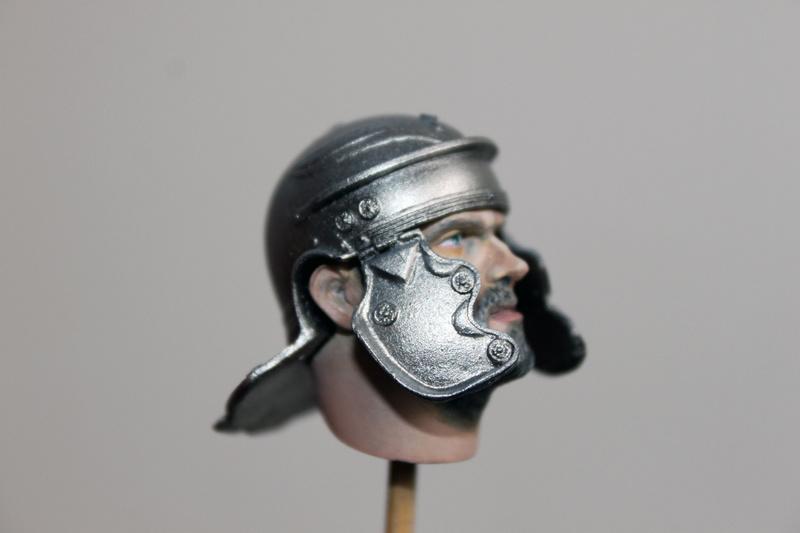 ROMAN Legionarius Young miniatures 1/10 613
