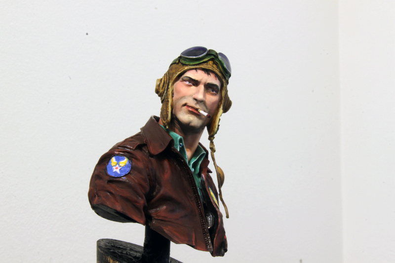 Pilote Flying Tigers Young Miniatures 1/10 Img_2820
