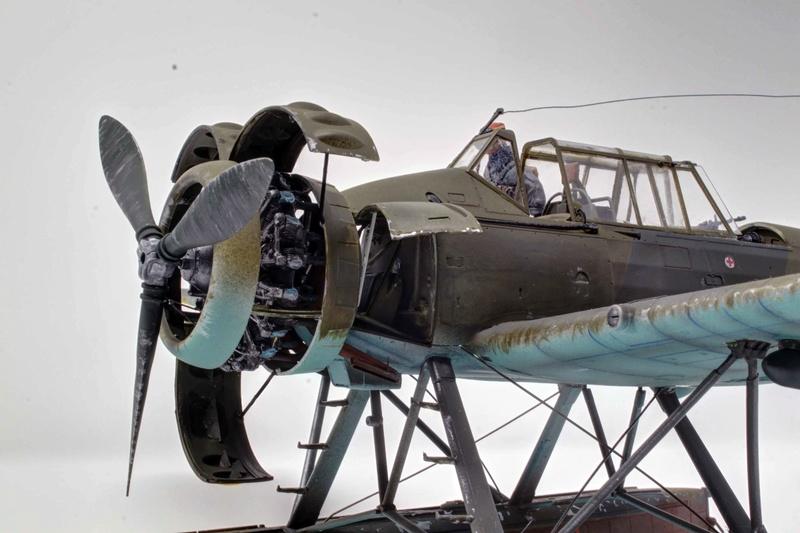 Arado Ar 196A-3 Seaplane - Revell - 1/32 - Page 10 Img_9024