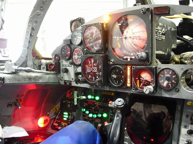 Cockpit F-104 ESCI 1/12 Warnin10