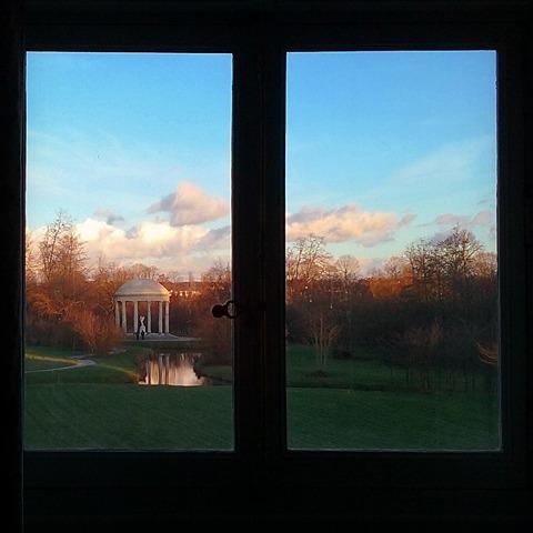 Les jardins du Petit Trianon - Page 3 25627610