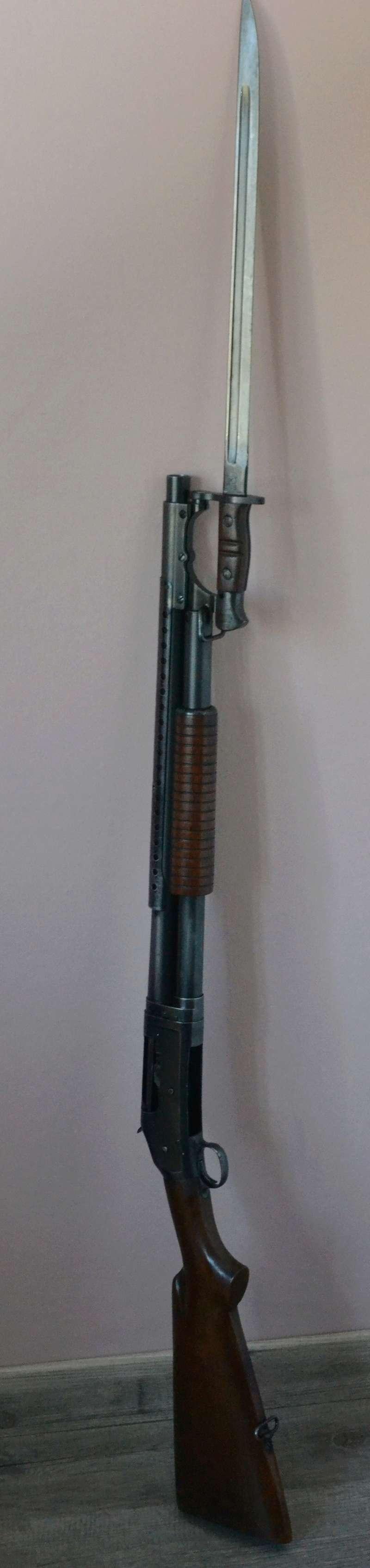 mon trench gun 1897 Dsc_0010