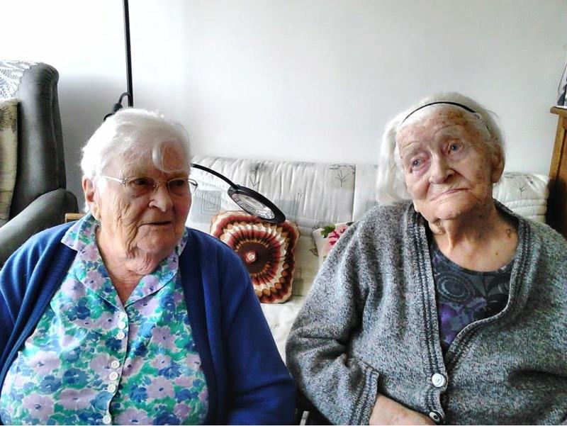 Preuves de vie sur les personnes de 108 ans - Page 11 Eugyni10