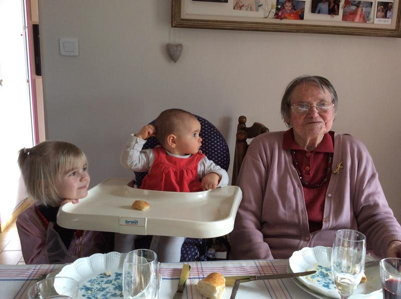 Preuves de vie récentes sur les personnes de 107 ans - Page 18 Image10