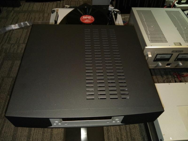 linn majik stereo amplifier with phono input Img_2023