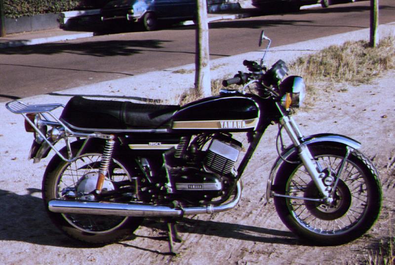 Présentation Yamaha 350 RD 1975 de Philippe - Page 2 Rd_noi10