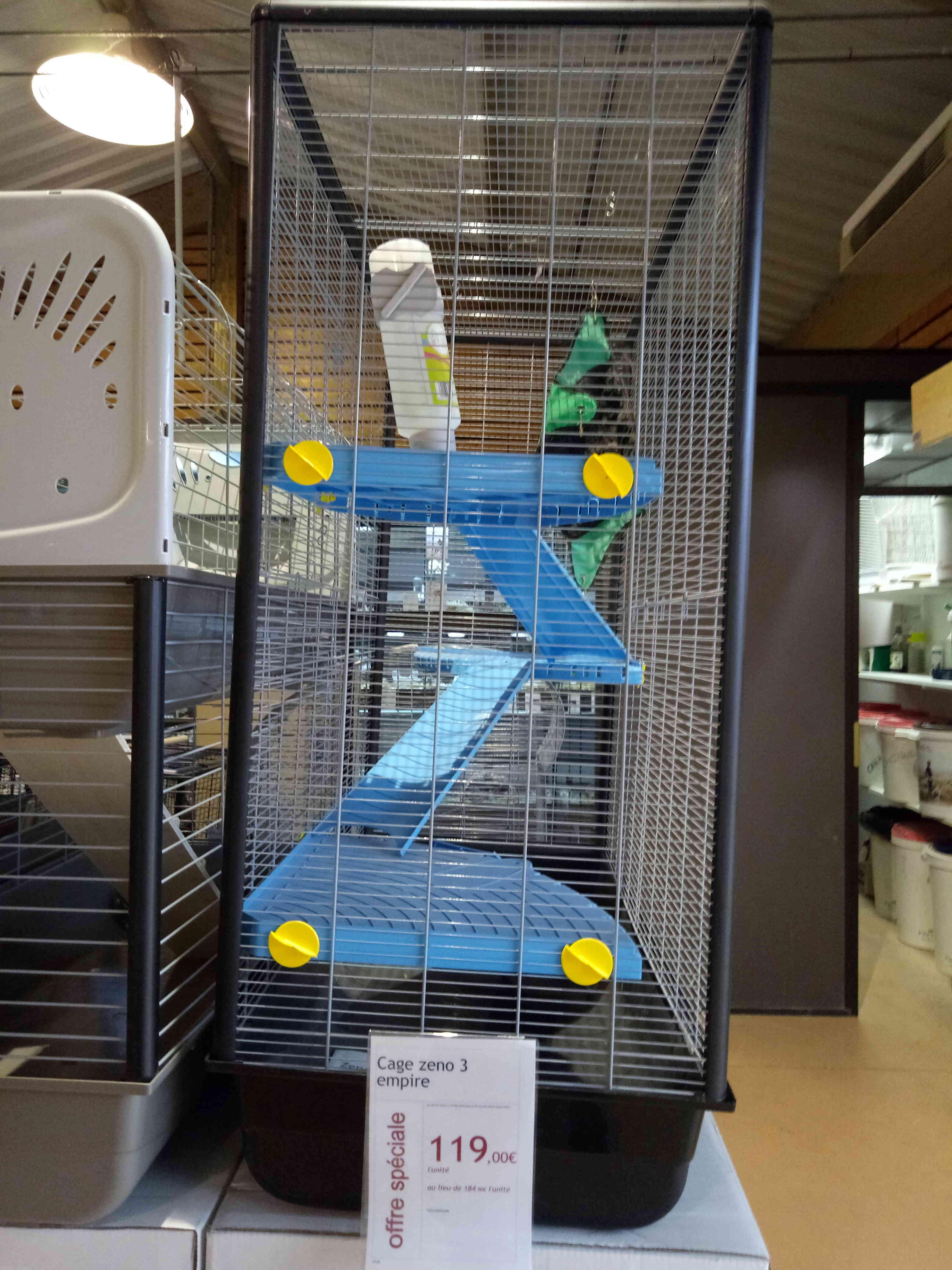 Aménager une cage lapin pour mes rats Ou Choix de cage  - Page 2 Img_2012