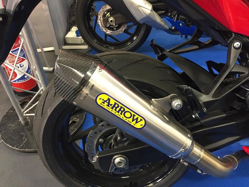 «La moto fait son show en Bretagne» 0117af10