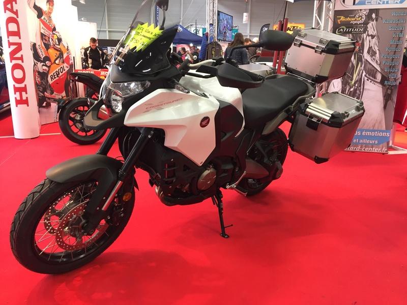 «La moto fait son show en Bretagne» 07a21b10