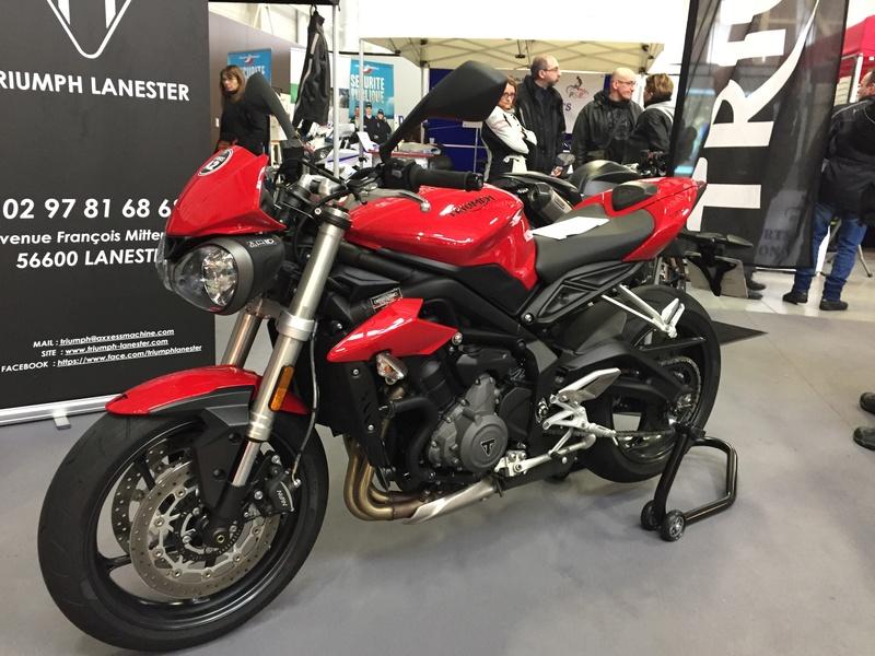 «La moto fait son show en Bretagne» 303aa710