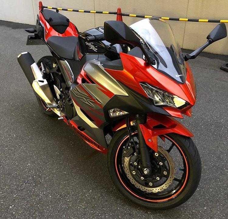 La Ninja 400 en photos - Page 2 33542c10