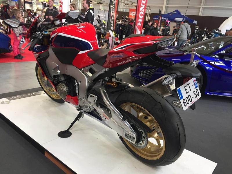 «La moto fait son show en Bretagne» 387d6510