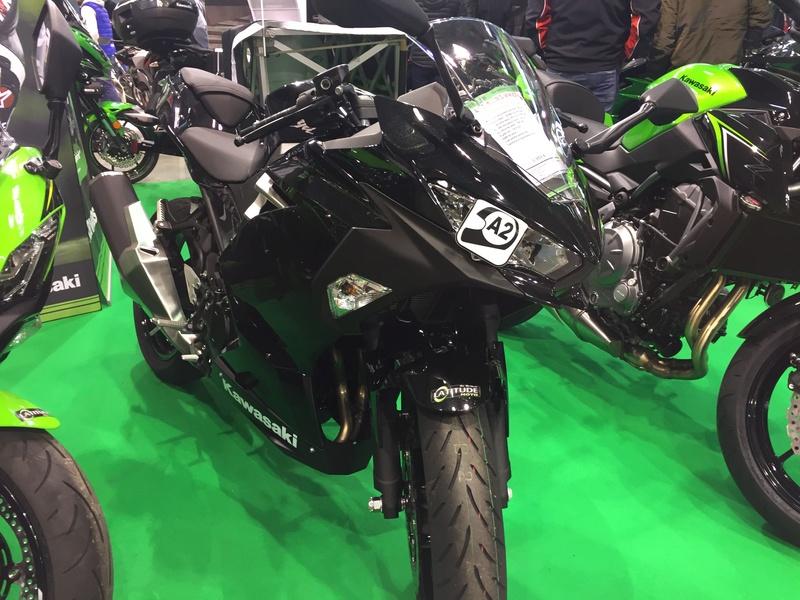 «La moto fait son show en Bretagne» 4d231110