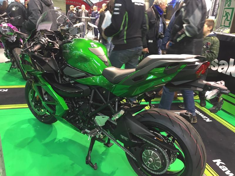«La moto fait son show en Bretagne» 4f4f2910