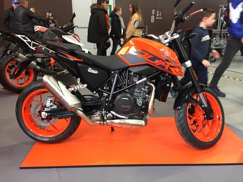 «La moto fait son show en Bretagne» 56ea8510