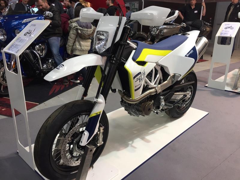 «La moto fait son show en Bretagne» 58d13910